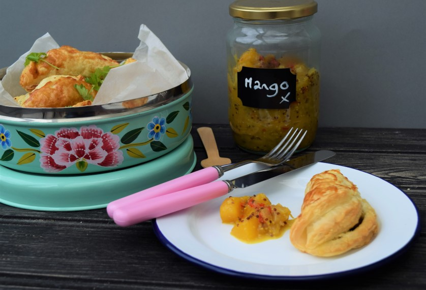 Curry-pasties-homemade-mango-chutney-recipe-lucyloves-foodblog