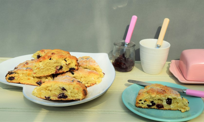 White-chocolate-cranberry-scones-recipe-lucyloves-foodblog