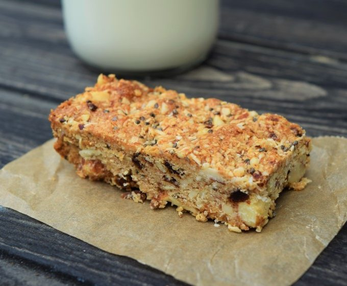 Coconut-cashew-bars-recipe-lucyloves-foodblog