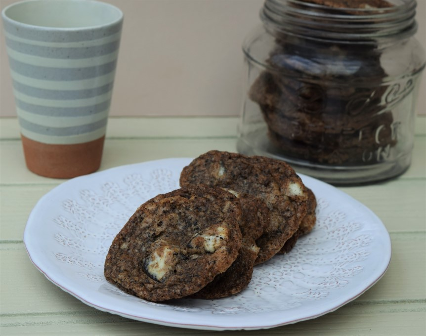 Oreo-chip-cookies-recipe-lucyloves-foodblog