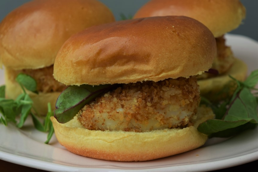 Baked-fish-burgers-recipe-lucyloves-foodblog