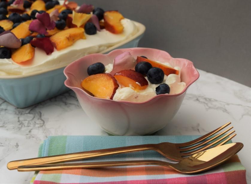 Summer-fruit-sponge-recipe-lucyloves-foodblog