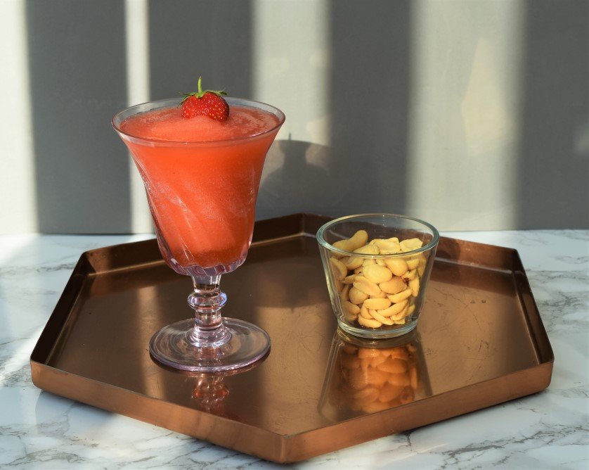 Strawberry-Rosé-Slushy-Cocktail-recipe-lucyloves-foodblog