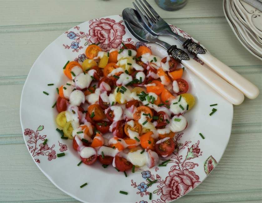 Cherry-tomatoes-salad-cream-dressing-carrot-peanut-salad-lucyloves-foodblog