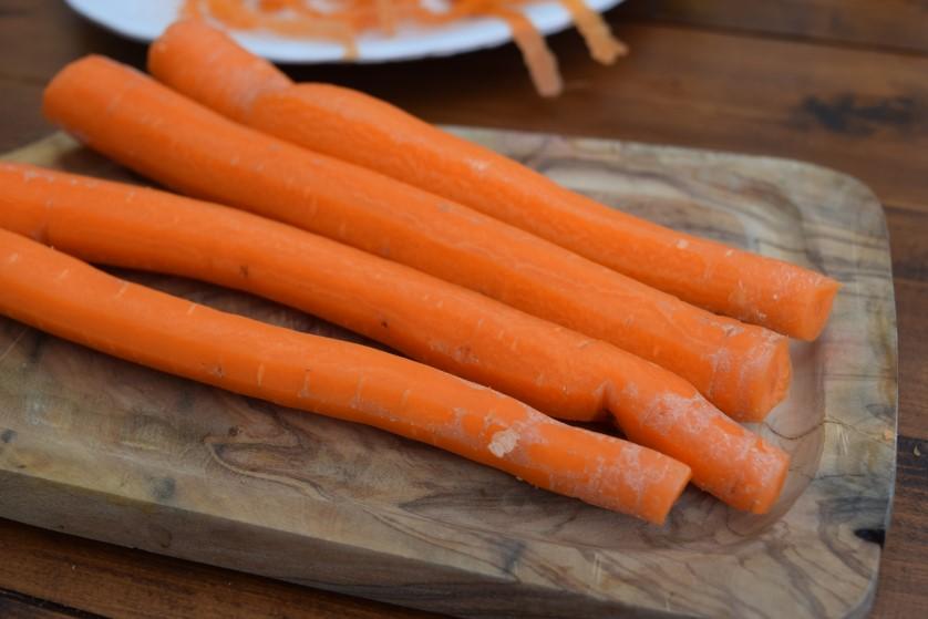 Carrot-peanut-salad-recipe-lucyloves-foodblog