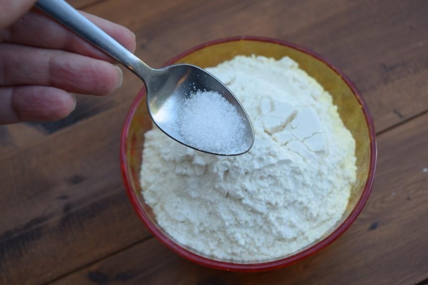 Vanilla-condensed-milk-cake-chia-berry-jam-recipe-lucyloves-foodblog
