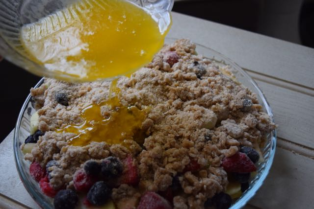 Easy-apple-berry-cobbler-recipe-lucyloves-foodblog
