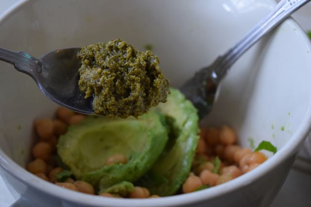 Chickpea-avocado-basil-toasts-recipe-lucyloves-foodblog