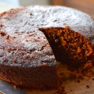 Golden-syrup-cake-recipe-lucyloves-foodblog