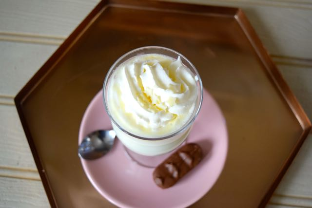 Coconut-hot-white-chocolate-recipe-lucyloves-foodblog
