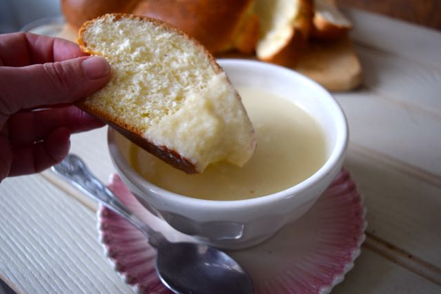 Cauliflower-cheese-soup-recipe-lucyloves-foodblog