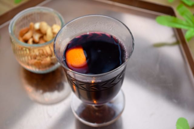 Pomegranate-mulled-wine-lucyloves-foodblog