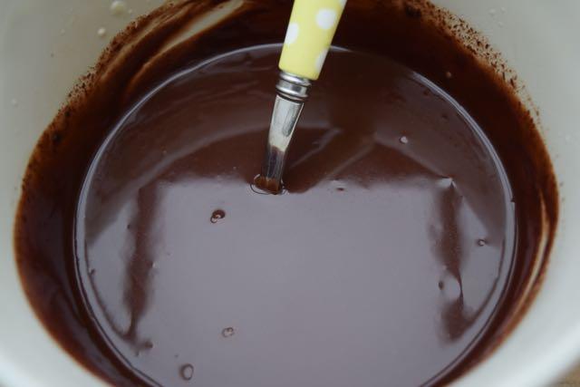 Chocolate-yule-log-recipe-lucylloves-foodblog