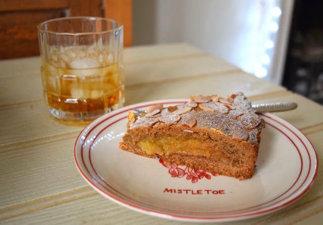 Winter-spiced-marizpan-slice-recipe-lucyloves-foodblog