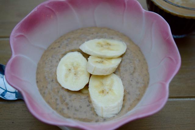 Banana-chia-pudding-recipe-lucyloves-foodblog