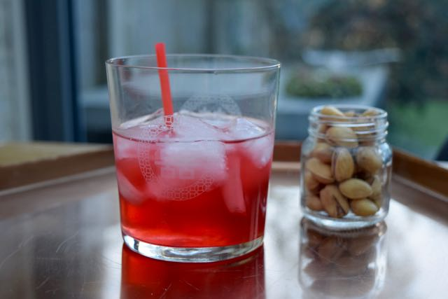 Red-lotus-cocktail-recipe-lucyloves-foodblog