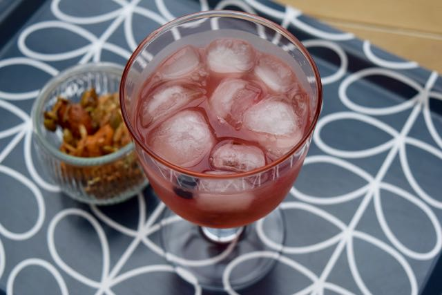 Sloe-bramble-cocktail-lucyloves-foodblog