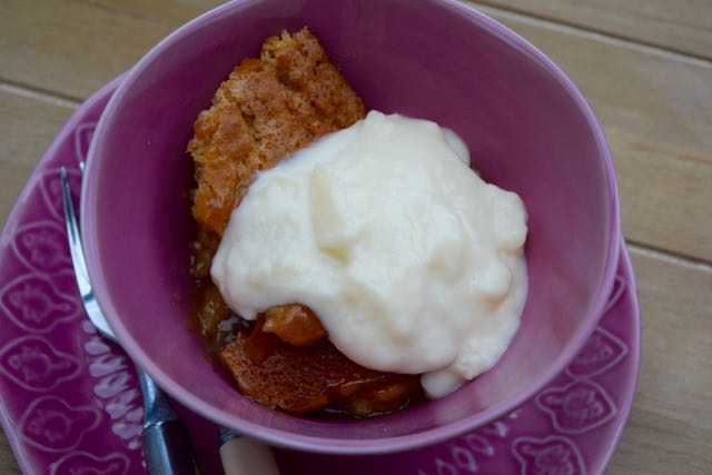 Saucy-toffee-pudding-recipe-quick-homemade-custard-lucyloves-foodblog