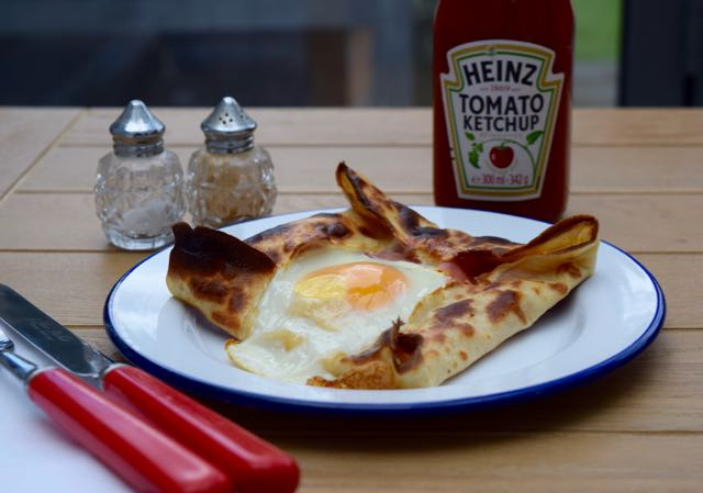 Ham-egg-cheese-pancake-recipe-lucyloves-foodblog