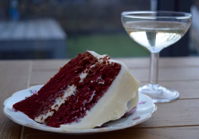 Red-velvet-cake-recipe-lucyloves-foodblog