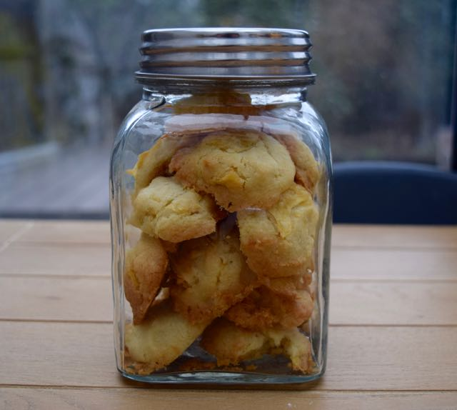 Salted-crisp-cookies-recipe-lucyloves-foodblog