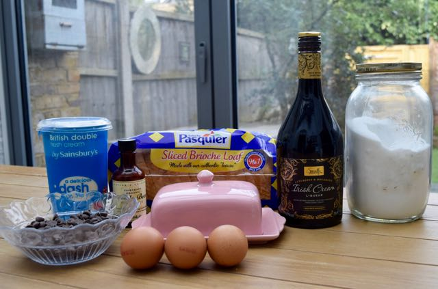 Irish-cream-chocolate-bread-pudding-recipe-lucyloves-foodblog