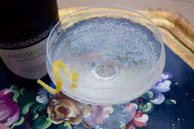 French-77-recipe-cocktail-lucyloves-foodblog