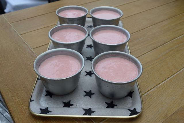 Strawberry-buttermilk-panna-cotta-recipe-lucyloves-foodblog