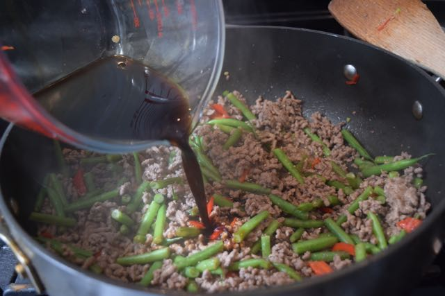 Quick-thai-beef-basil-recipe-lucyloves-foodblog