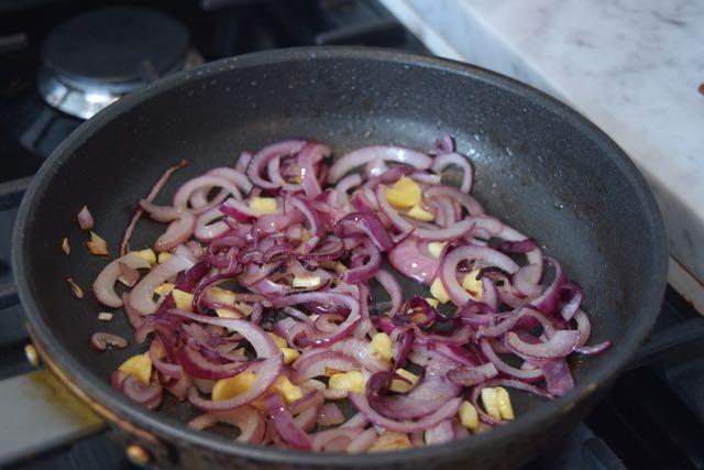 Crustless-quiche-lorraine-recipe-lucyloves