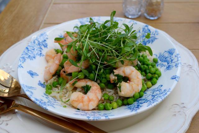 Garlic-prawns-peas-recipe-lucyloves-foodblog