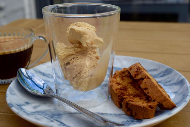 Coffee-butterscotch-biscotti-affogato-recipe-lucyloves-foodblog
