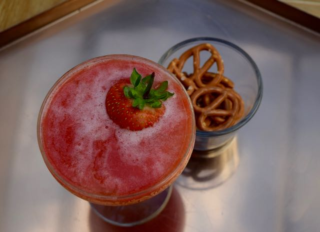 Frozecco-cocktail-recipe-lucyloves-foodblog