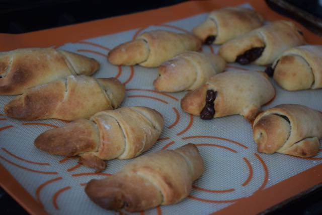 Chocolate-Chip-rolls-recipe-lucyloves-foodblog