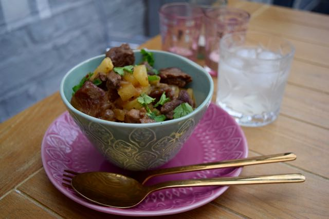 Thai-beef-pineapple-curry-recipe-lucyloves-foodblog