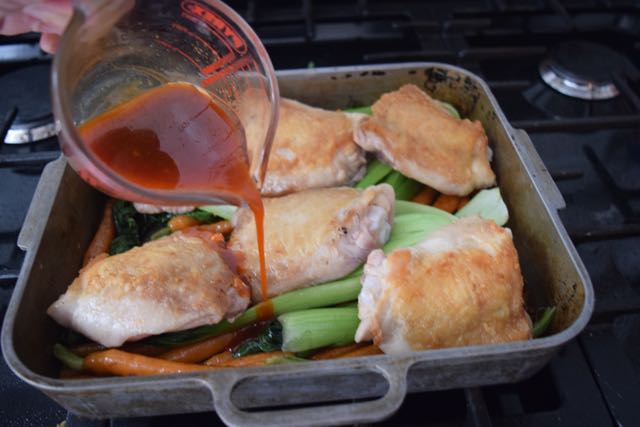 Chicken-roasted-carrots-sesame-recipe-lucyloves-foodblog