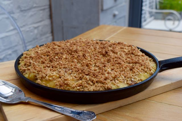 Grilled-caramel-apple-crumble-recipe-lucyloves-foodblog