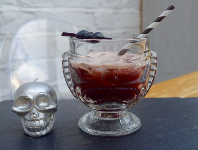 Black-magic-cocktail-recipe-lucyloves-foodblog