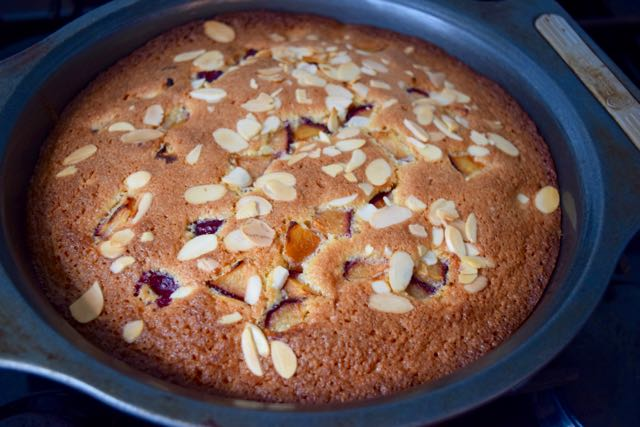 Coconut-almond-cake-recipe-lucyloves-foodblog