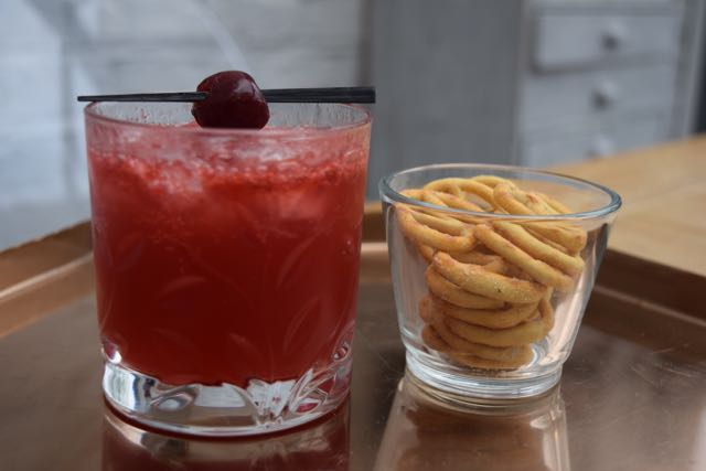 Cherry-bourbon-fizz-recipe-lucyloves-foodblog