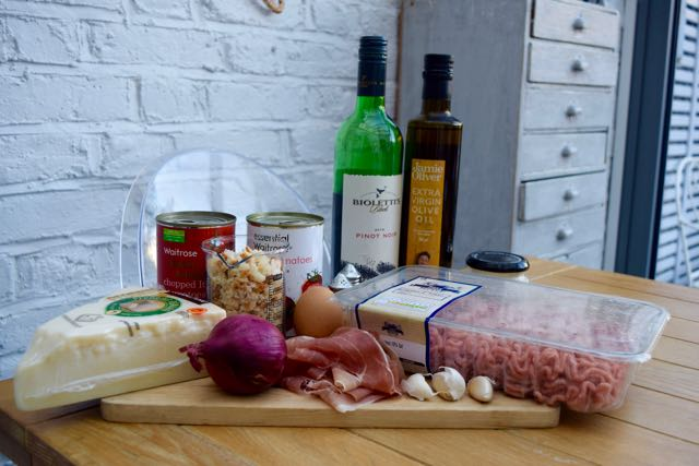 Pork-proscuitto-meatballs-recipe-lucyloves-foodblog