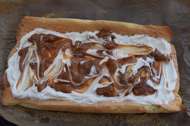 Salted-caramel-yule-log-recipe-lucyloves-foodblog
