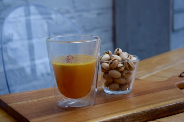 Warm-buttered-rum-recipe-lucyloves-foodblog