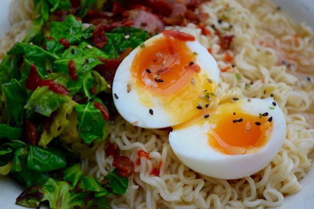 Egg-bacon-ramen-noodles-recipe-lucyloves-foodblog
