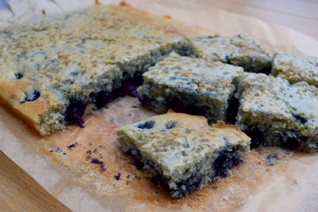 Blueberry-muffin-tray-baker-recipe-lucyloves-foodblog