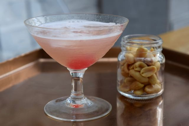 Pink-lady-cocktail-recipe-lucyloves-foodblog