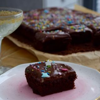 Nana's-chocolate-cake-recipe-lucyloves-foodblog