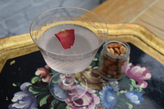 Rose-syrup-bouquet-cocktail-recipe-lucyloves-foodblog