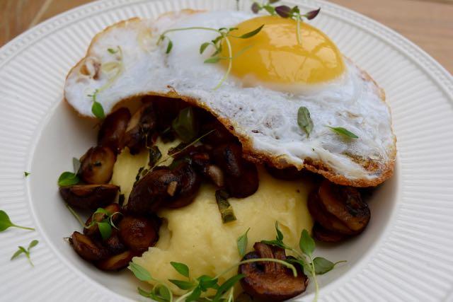 Polenta-chestnut-mushroom-thyme-recipe-lucyloves-foodblog