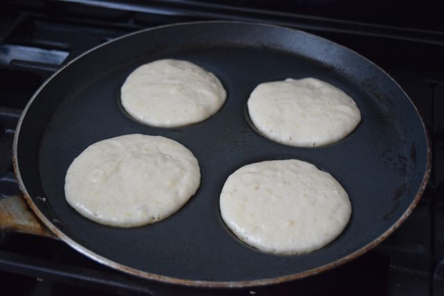 Breakfast-sausage-pancakes-recipe-lucyloves-foodblog
